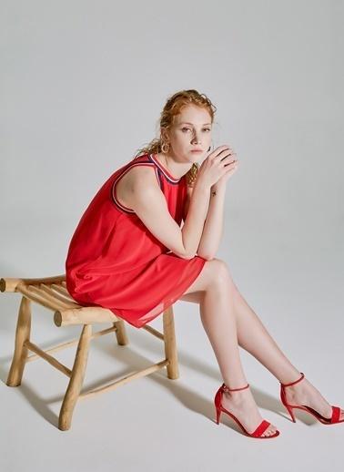 People By Fabrika Halter Yaka Elbise Kırmızı